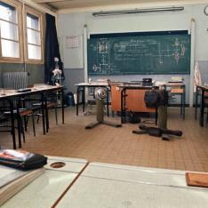 Salle de cours du centre de formation SNCF de Tours.