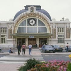 Gare de Rochefort. Façade
